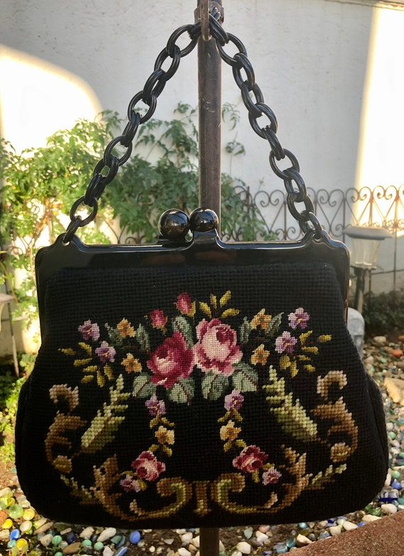 Lovely 1930's Needlepoint Purse