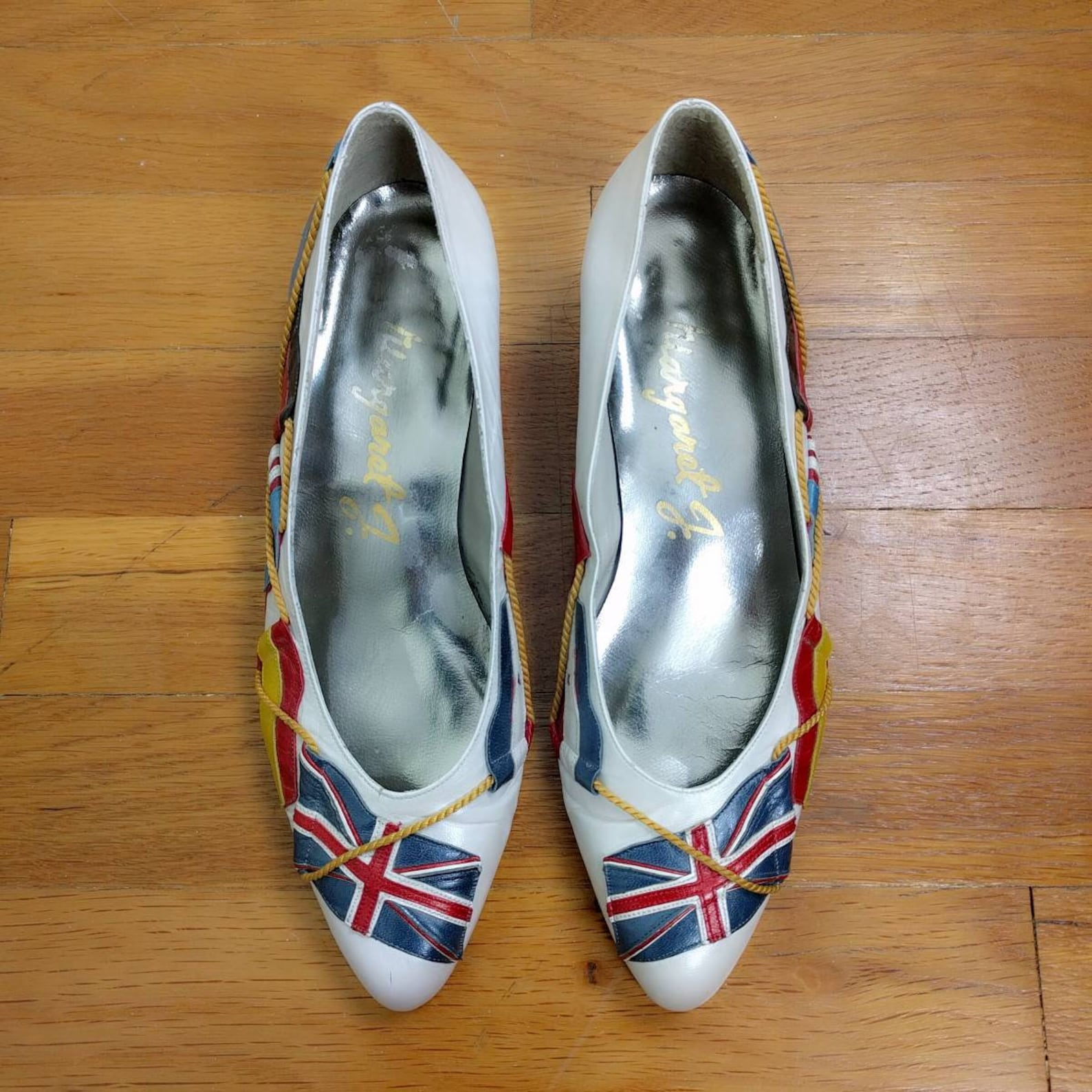 vintage 1980s margaret j world flags pearl metallic leather low ballet pumps 6