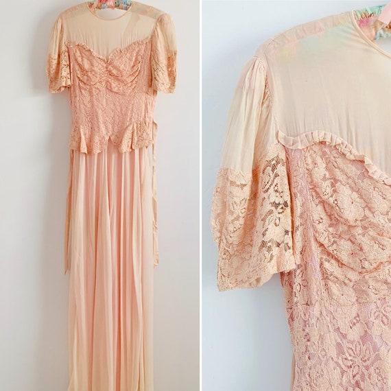 Vintage 1930s Pastel Pink Lace Dress/Ruffled Trim