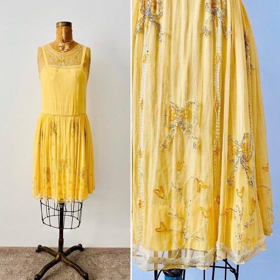 Vintage 1920s Beaded Dress/Flapper Dress/Buttery Y