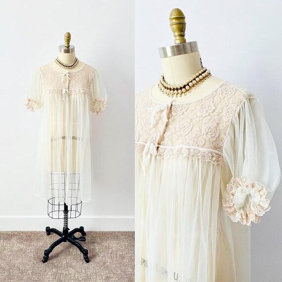 Vintage 1950s Peignoir/ Vintage Lingerie/ Sheer Ro