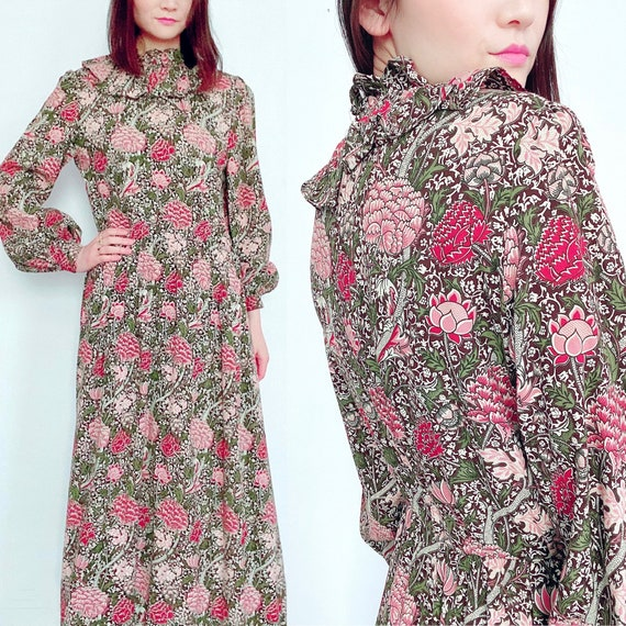 Vintage 1970s floral maxi dress with balloon sleev