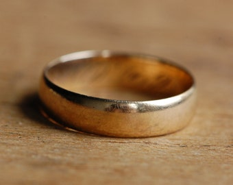 Vintage 1920s 18K wide gold stacking ring or band