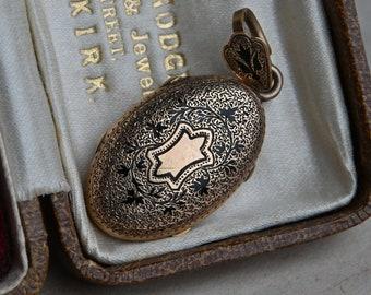 Antique 10K Victorian taille d'épargne photo locket