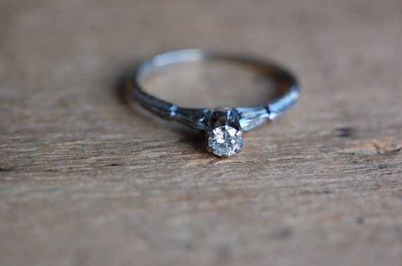 Vintage 1930s 20K diamond solitaire princess engag