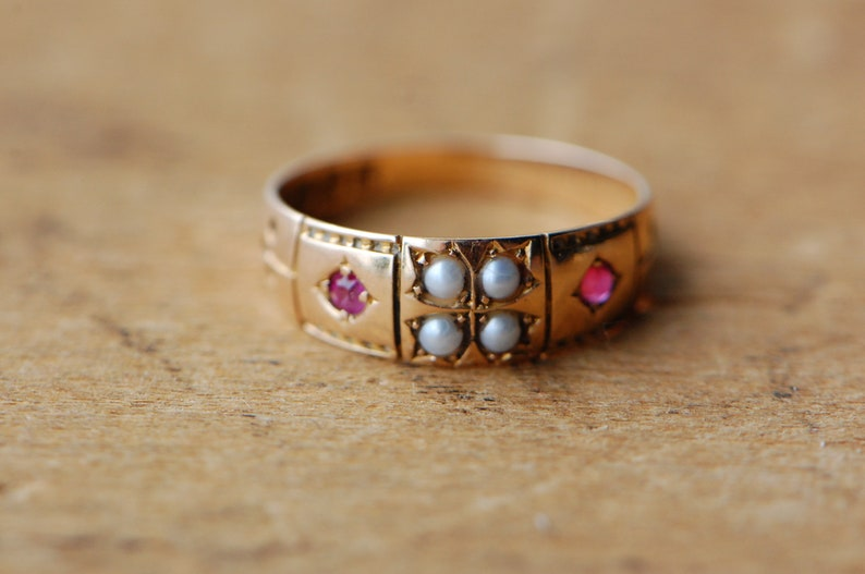 Antique 1880s Victorian 15 carat pearl and ruby dress ring image 0