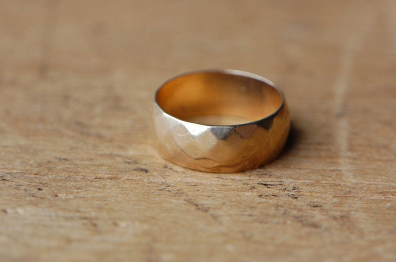 Vintage 1950s 14K wide faceted wedding band or stacking ring image 0