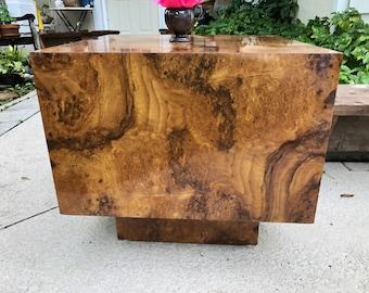 BURL WOOD CUBE Table / Post Modern Burl Laminate Coffee Table on Pedestal at Retro Daisy Girl