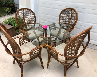 4 VINTAGE RATTAN BALLOON BACk Arm Chairs and Rattan Table / Bamboo Rattan Table and 4 Chairs Island style at Retro Daisy Girl