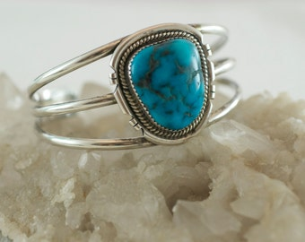 Vintage Native American Southwestern Tripe Band Large Turquoise Sterling Silver 925 Cuff Style Bracelet  .....6160