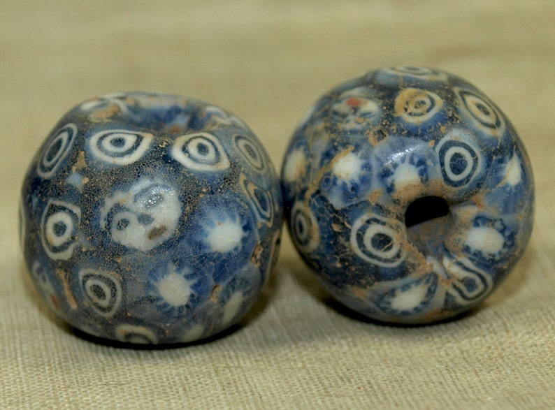 LOUZELDIS2065 Vintage 1960s Glass Face Bead from Bali; Component Piece from the Lou Zeldis Studio