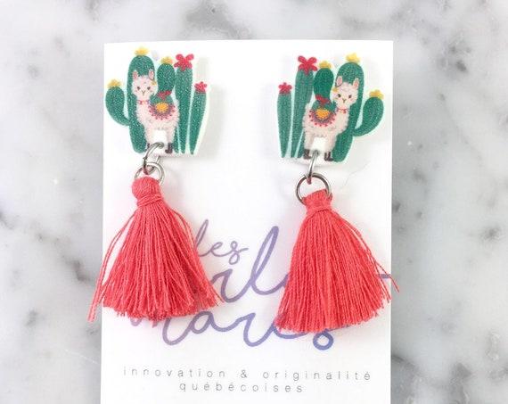 Llama cactus, coral tassel, earring, lovely llama, lama earring, tassel, hypoallergenic, plastic, stainless stud, handmade, les perles rares