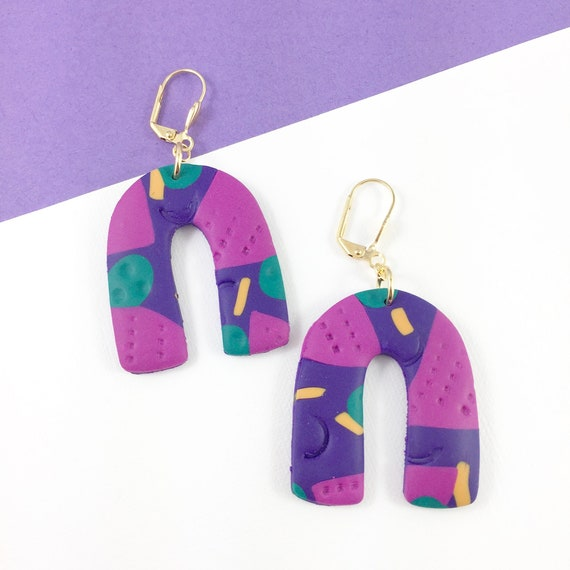 polymer geometric, gold u shape, macaroni, purple, dangle earring,turquoise, orange, polymer clay earring, metal triangle,  les perles rares