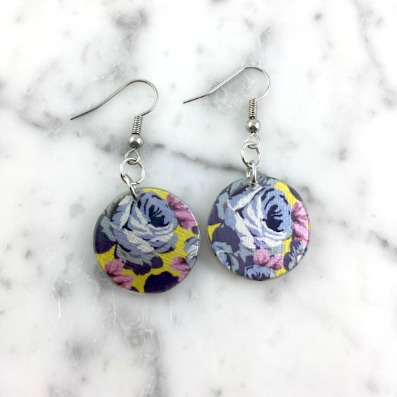 Resin earrings, pendent earring, roses violet, flowers pattern, yellow, pink, unique, handmade, sold, earring, hypoallergenic stud