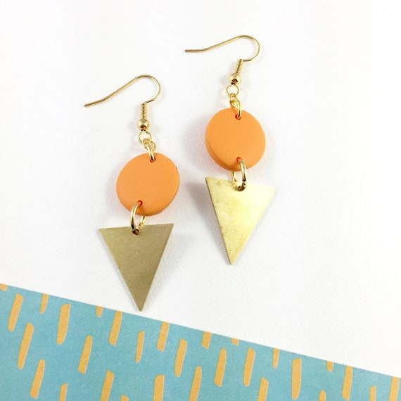 polymer geometric, round and triangle, orange handmade polymer, gold, polymer clay earring, metal triangle,  les perles rares