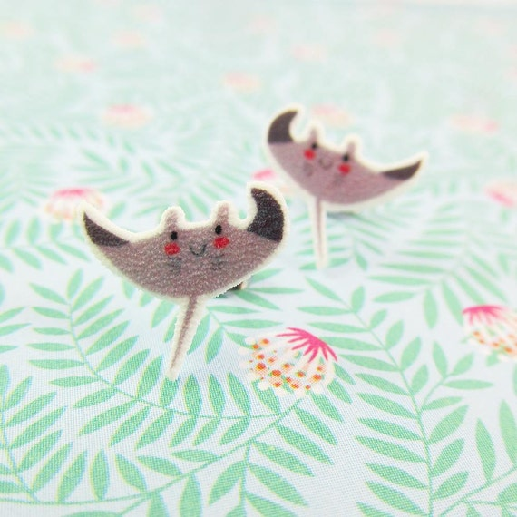 Batoidea, grey Batoidea, earring, sea world, animal, fish, under the sea, print on plastic, stainless stud, handmade, les perles rares