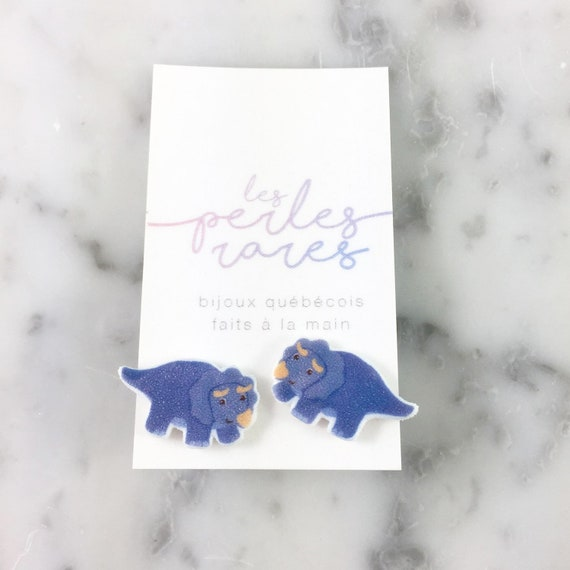 Triceratops, Triceratop, populaire dinosaur, blue dinosaur, stud earring, print on plastic, stainless stud, handmade, les perles rares