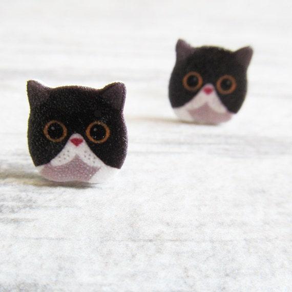 Small, black, white, cat, earrings, shrink plastic,  stainless stud, handmade, les perles rares