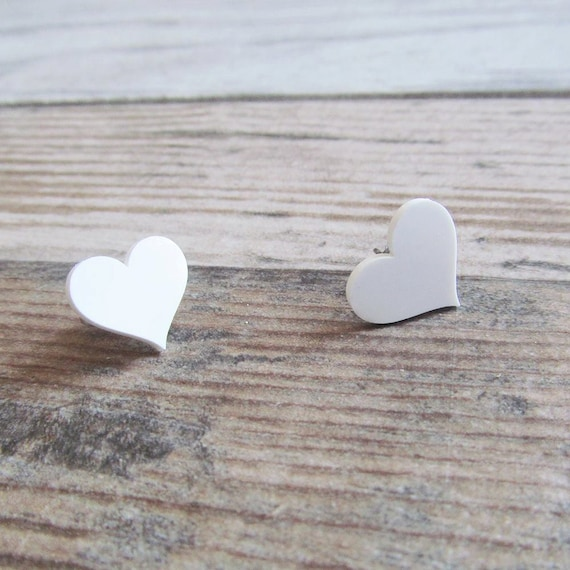 plastic, earring, heart, white, stainless steal hook, les perles rares,