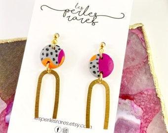 Polymer round, pink, gray, orange, dots, black, U metal charm, gold stud, gold,earring, polymer clay earring, les perles rares