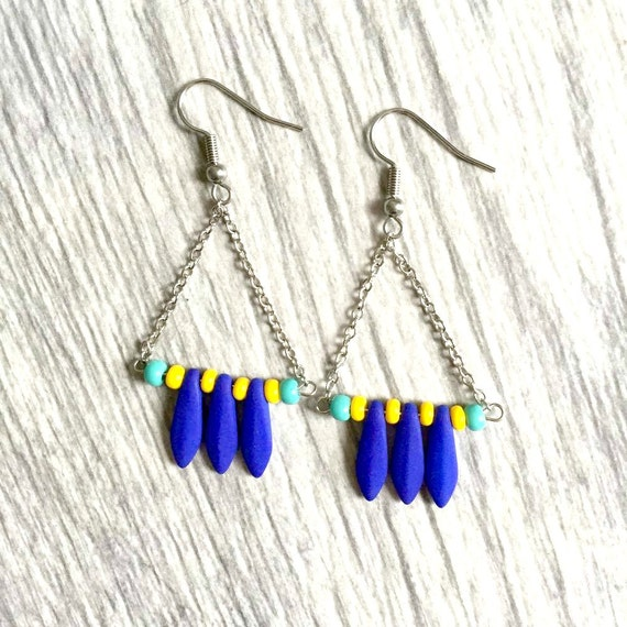 Triangles earrings seed beads blue yellow turquoise bead metal chain stainless hook, les perles rares