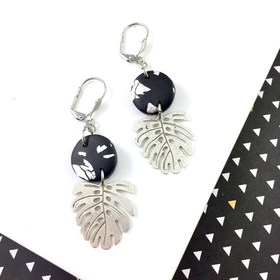 polymer black, aluminium foil, tropic leaf, black, circle clay, black silver earring,  earwire leverback, polymer earring, les perles rares