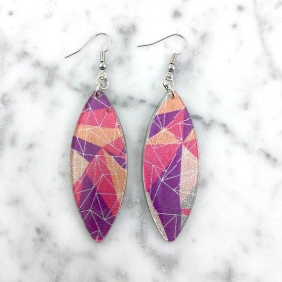 Long Resin earrings handmade, geometric, pink, peach, purple, triangle, pastel, on stainless steel hook, les perles rares