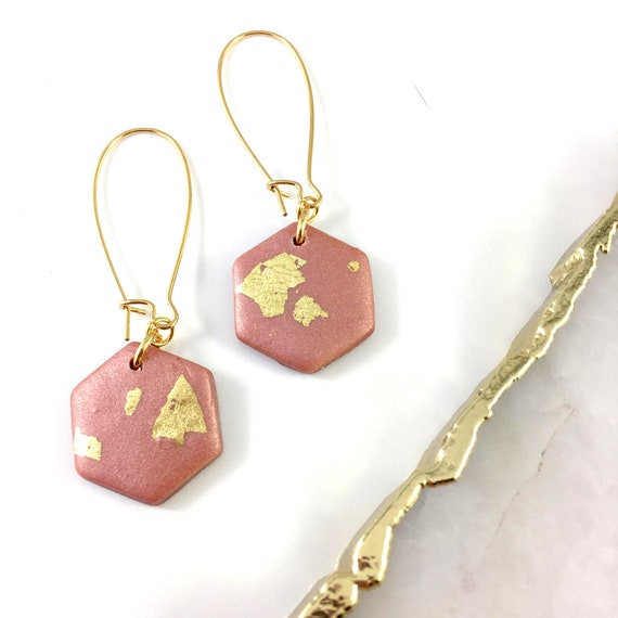 polymer hexagone, pink, shiny, gold foil, pink, earring, stainless earring,  earwire leverback, polymer clay earring, les perles rares
