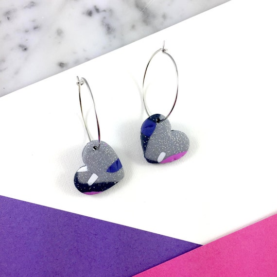 polymer heart on metal ring, hoop earring, violet gray purple, polymer clay earring, loop with heart, polymer heart, love, les perles rares