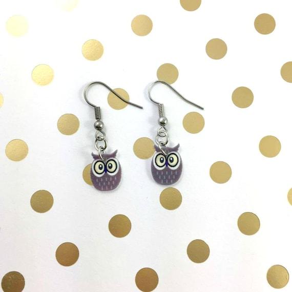 owl, gray, yellow eye, pendent, earring,  plastic, night, bird, stainless hook, handmade, les perles rares
