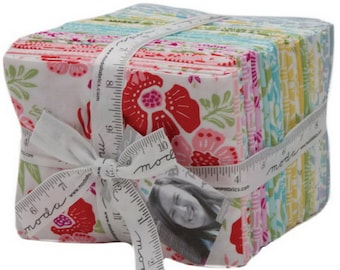 Moda Bungalow Fat Quarters Bundle 30 pieces