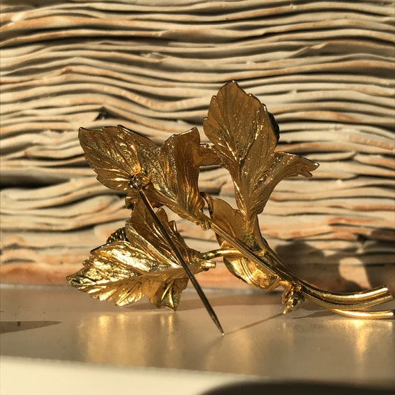Vintage Flower Brooch Novelty Pin - image 2