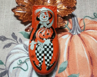 Halloween jewelry for women; Vintage Halloween jewelry; Handmade Halloween jewelry; Pumpkin man pin; Scarecrow tin clicker; One of a kind