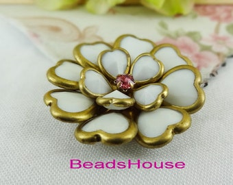 FF-600-FW    1pc (36mm) Raw Heart Beaded Flowers Flat Back With Crystal Two-layer- White Black