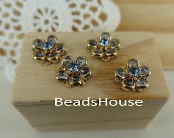 4pcs -(15mm) PRECIOSA Lt.Sapphire Crystal in Golden Brass Riveted Flower/Buttons