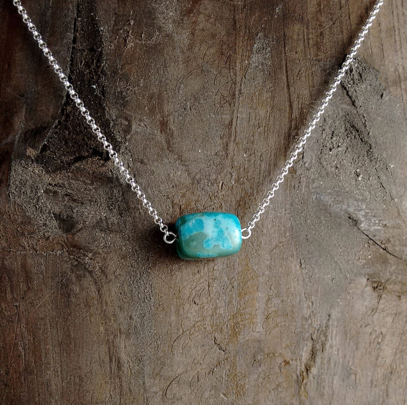 KIWI STONE NECKLACE Layering Jewelry Gift Ideas For Her image 0