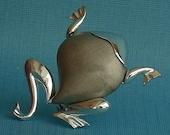 Mid Century Modernist Vintage Stylized Frog Pin Brooch