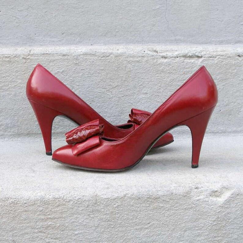 Stuart Weitzman Womens Choker Brown Suede 3 Designer Heels Pumps Size 8.5 N AA