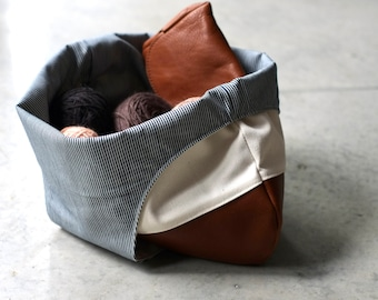 Large leather and Cream project bag, Beige knitting bag with leather bottom