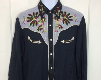 1950s embroidered flowers gabardine western shirt H Bar C size medium 2 tone black gray arrow pockets rainbow chain stitch embroidery