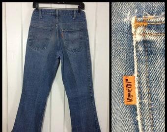 distressed 1970s Levi's 646 orange tab measures 30x32 faded Blue Denim Bell Bottom Flare boyfriend Jeans Scovill zipper #39 button #283