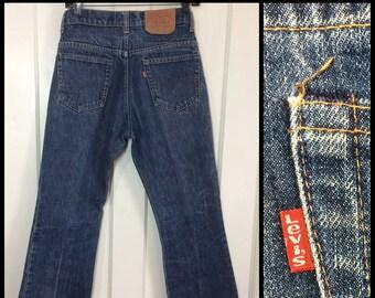 1970s Levi's 517 Boot Cut flare Denim Blue Jeans tag size 30X30, measures 28.5x29 Talon zipper black bar stitch dark wash #284