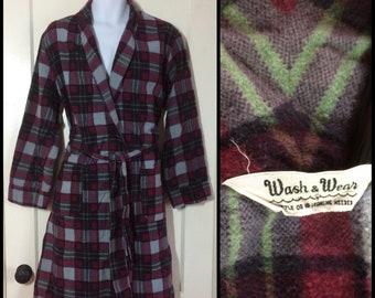 1950s soft cotton flannel plaid smoking jacket robe looks size medium burgundy red gray black wash & wear