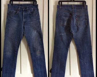 1980s Distressed denim Paint Splatter 505 Levi's Jeans 32x34, measures 31x34 tall Black bar Stitch made in USA #1229
