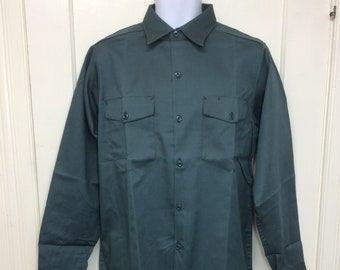 deadstock 1960s WTC Grants permanent press twill work shirt size medium 15.5 NOS dark green #9