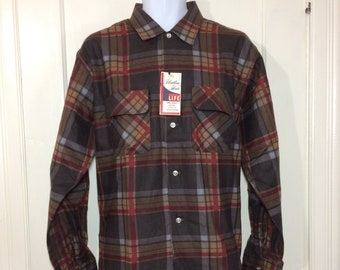 1950s deadstock plaid flannel board shirt size large Fleetline Sanforized cotton pocket flaps brown red gray