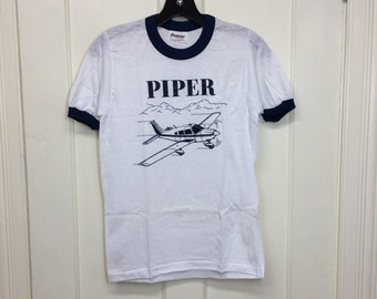 deadstock 1980s Piper small airplane t-shirt size youth boys 14-16 15.5x23.5 aviator pilot aircraft white ringer tee Stedman made in USA NOS