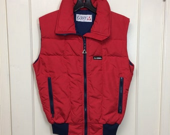 1980s Gerry puffer ski vest size small excellent condition, made in USA red navy blue