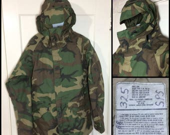 1990's 1992 military camouflage cold weather parka jacket size Small long tall feels Gore-Tex by Tennessee Apparel Corp camo fatigues
