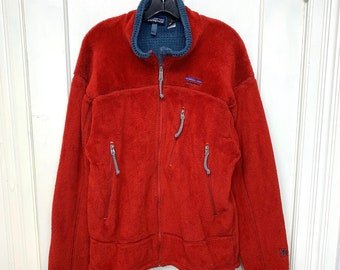 Patagonia fleece zip-up jacket size large red blue gray made in USA camping hiking ski